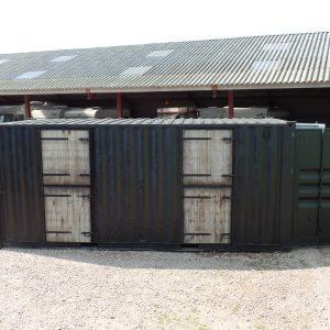 Paardenstalcontainer aanzicht